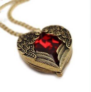 heart gem necklace - 1