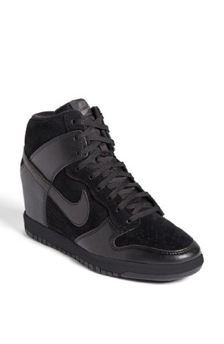 715f544eeb6 Nike Womens Dunk Sky Hi Wedge Sneakers Shoes 528899-004 Sz 5  Amazon.ca   Shoes   Handbags