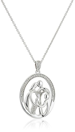 ond Family Pendant Necklace (1/10 cttw), 18