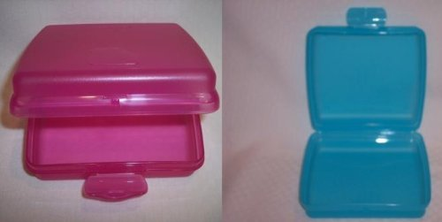 Tupperware Sandwich Keeper Set of 2 (Colors may vary from picture)