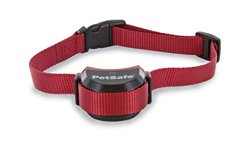 PetSafe Stay & Play Wireless Fence for Stubborn Dogs, 3/4 Acre of Circular Coverage, For Dogs 5 lb. and Up, Tone and Static Correction, Waterproof and Rechargeable Collar by PetSafe (Image #1)