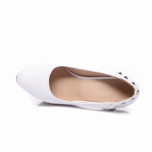 Piede Di Fascino Delle Donne Elegante Piattaforma Tacco Alto Rivetti Pompa Scarpe Bianche