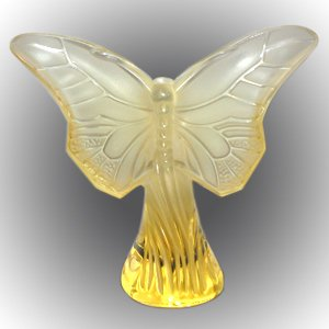 LALIQUE Crystal Gold Butterfly Rosee ()