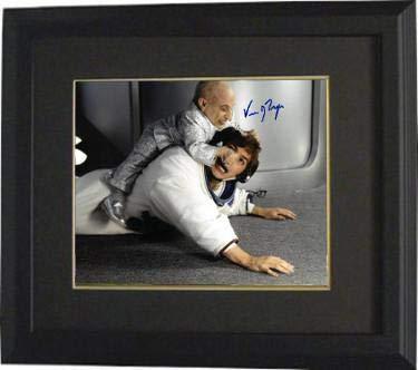 Verne Troyer signed Austin Powers Mini Me 8x10 Photo Custom Framing - Hologram (horizontal (Mike Myers) - JSA Certified]()