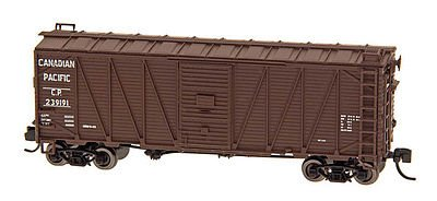 (40' War Emergency Single-Sheathed Wood Boxcar - Ready to Run -- Canadian Pacific (Boxcar Red))
