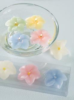 Tag floating hydrangea candles