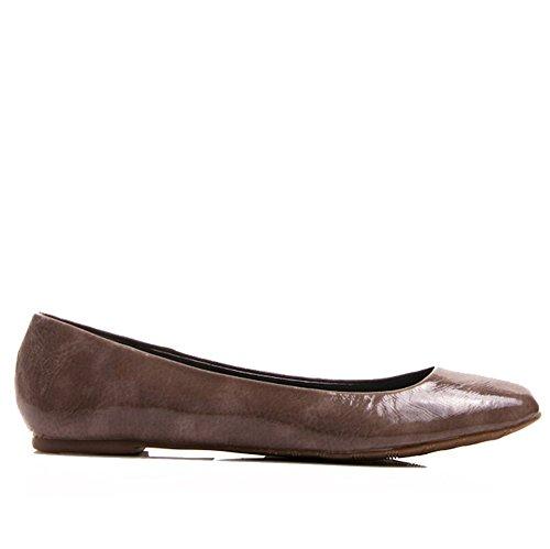 GoMax Women's Dutch 01 Balerina Leather Round Toe Flat (5.5, Natural)