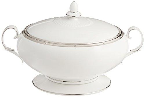 (Noritake Rochelle Platinum 70-Ounce Covered Vegetable Bowl)