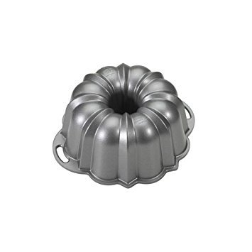 Nordic Ware Platinum Collection Nonstick Cast Aluminum Anniversary 12 Cup Bundt Pan