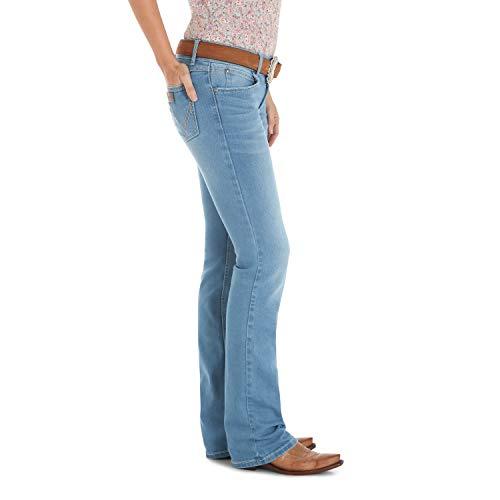 9162fbfe ... Wrangler Women's Retro Sadie Low Rise Stretch Boot Cut Jean, Concord,  ...