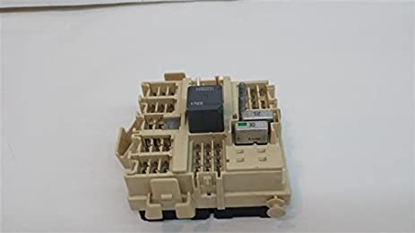 amazon com drivers front fuse box under dash 2004 suburban 1500 p n 2004 alero fuse box drivers front fuse box under dash 2004 suburban 1500 p n 15190658 01