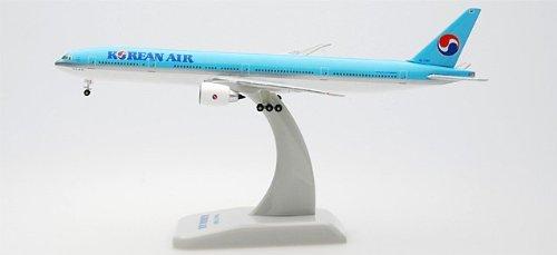 hogan-korean-air-777-300er-1-500