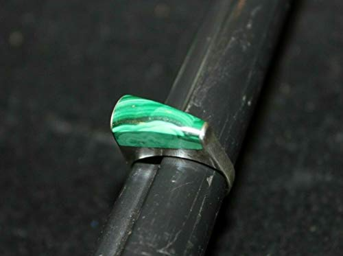 Sterling Silver 925 Ring Green Malachite Western Style Vintage handmade size 6