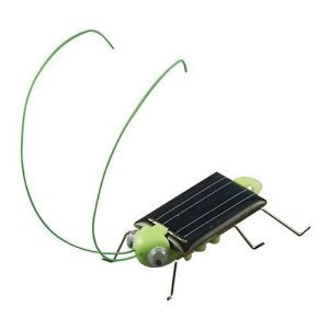 TOOGOO(R) Solar Powered Grasshopper. Just Place in the Sun and Watch it's Legs Jiggle and Wiggle