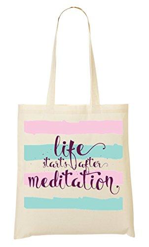 Life Starts After Meditation Relax Calmness East Culture Cool Phrases Words Bolso De Mano Bolsa De La Compra