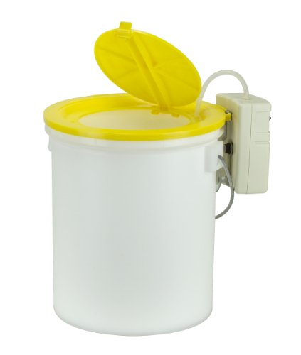 8 Quart Minnow Bucket - 4