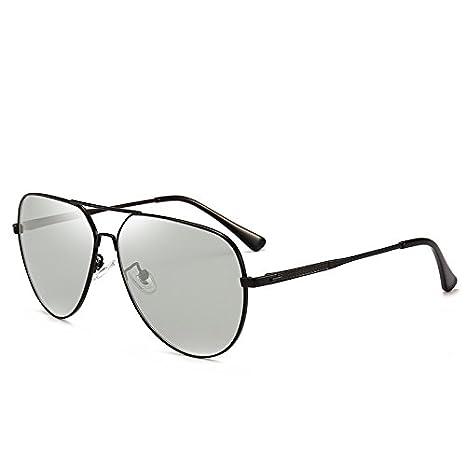 Gafas de sol fotocromáticas clásicas con espejo que cambia ...