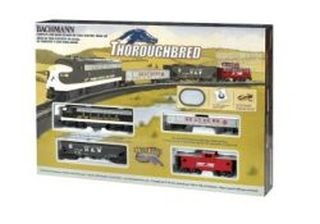 oughbred Ready-to-Run HO Scale Train Set ()