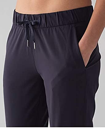 368df243f Lululemon On The Fly Pant Woven Midnight Navy Blue MDNI (6) at ...