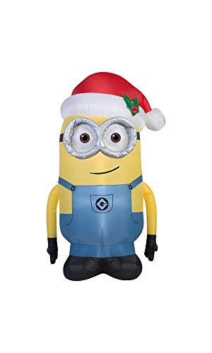 (Gemmy Airblown Inflatable Dave the Minion Wearing a Santa Hat - Holiday Yard Decorations, 5-foot Tall )