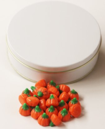 Scott's Cakes Mellocreme Pumpkins in a Medium Solid White (Scotts Cakes Mellocreme Pumpkins)