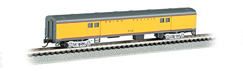 Bachmann Industries Smooth Side Union Pacific N-Scale Baggage Car, 72'