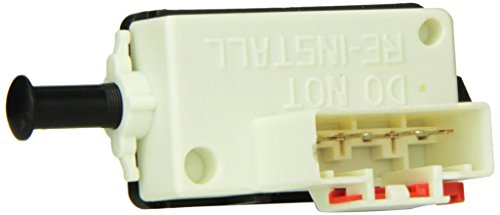 (Standard Motor Products SLS237 Stoplight Switch)
