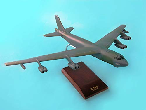 Mastercraft Collection B-52G Stratofortress Model Scale: 1/100