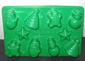 Jigglers Mold: Christmas Holiday Jolly Jigglers Jell-O Gelatin Candy Chocolate Mint Mold ~ 10 Cavity 5 Shapes ~ Snowman, Gingerbread Boy, Santa, Tree & Star Designs by Jell-o