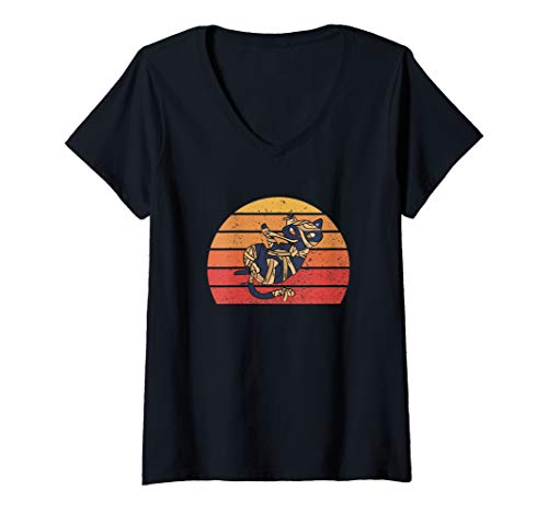 Womens Retro Vintage Halloween Costume Funny Black Cat Mummy Gift V-Neck T-Shirt