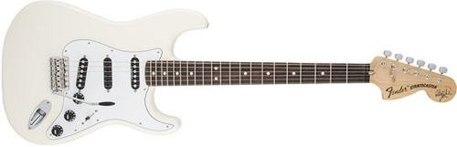 Fender Ritchie Blackmore Stratocaster, Scalloped Rosewood Fretboard - Olympic White