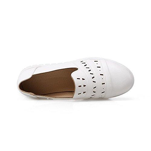 VogueZone009 Damen Weiches Material Rund Zehe Niedriger Absatz Ziehen auf Rein Pumps Schuhe Weiß