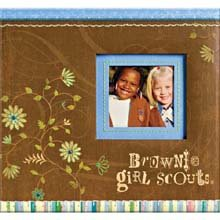 K&Company Girl Scouts Album with Window, 12-Inch-by-12-Inch, Brownie Girl Scouts