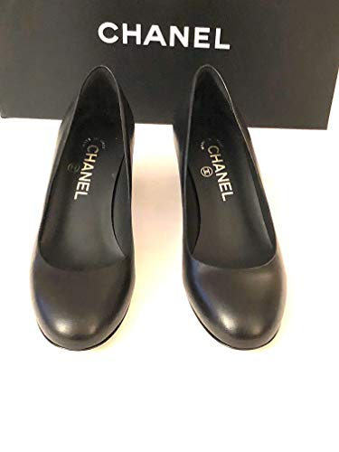 CHANEL-Black Leather Pumps with Square Heel SIZE-37 (37, ()