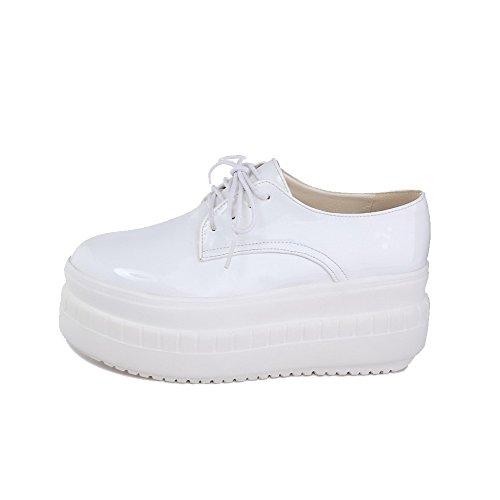 AgooLar Damen Schnüren Rund Zehe Hoher Absatz PU Rein Pumps Schuhe Weiß