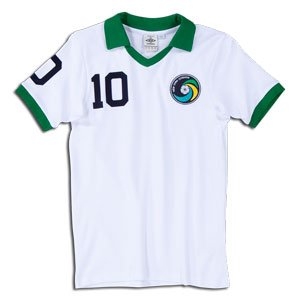 c26a4e0e1 Image Unavailable. Image not available for. Colour  New York Cosmos  77 Vintage  Jersey ...