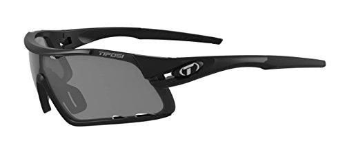 (Tifosi Davos Matte Sunglasses, Black)
