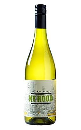 Vino blanco ny hood