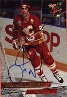 Joe Nieuwendyk Calgary Flames 1993 Fleer Ultra Autographed Card. This item comes with a certificate of authenticity from Autograph-Sports. Autographed
