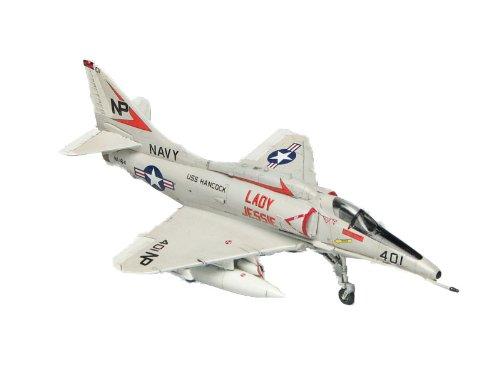 プラッツ 1/144 アメリカ海軍艦上攻撃機 A-4F スカイホーク レディ・ジェシー (2機セット) (PD-19) プラモデル