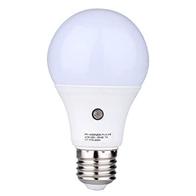 E27/E26 7-Watt 630Lumens LED Dusk-to-Dawn Sensor Light Bulbs Built-in Photosensor Detection Auto Switch Energy Saver Light Indoor/Outdoor Lighting Lamp for Porch Hallway Patio Garage (4000K)