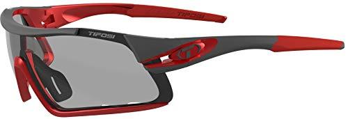 (Tifosi Optics Davos Cycling Sunglasses w/Light Adapting Fototec Lenses)