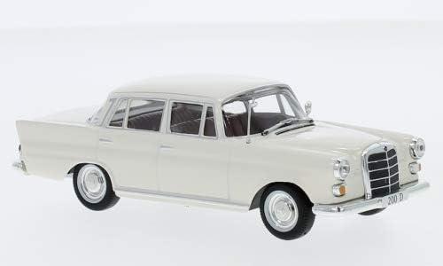W110 1965 SpecialC.-16 1:43 Fertigmodell Hellbeige Modellauto Mercedes 200 D