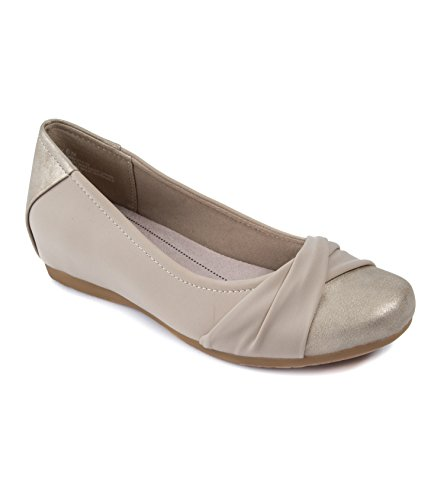 BareTraps Womens Mitsy Closed Toe Slide Flats, Champagne, Size 6.0 from BareTraps