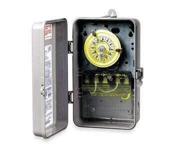 (Intermatic T104P Plastic Enclosure 208-277V DPST Multi Use Timer)