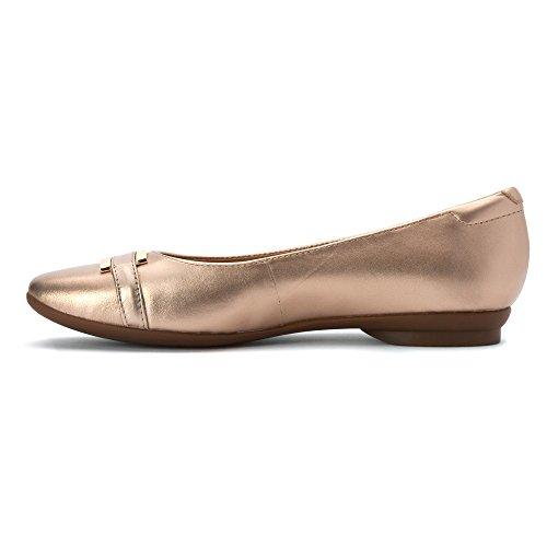 Clarks Women's Candra Glare Flat,Gold Metallic Full Grain Leather,US 9.5 XW