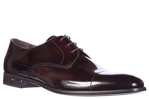Prada chaussures à lacets classiques homme en cuir derby spazzolato fume  marron ... 0ee08eae4f7