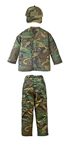 Kid's Military Fatigue Set in Woodland Camo (MD) ()