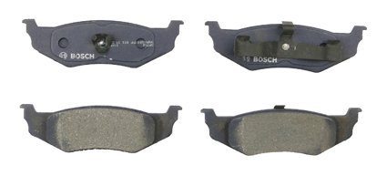 Bosch BP782 QuietCast Premium Semi-Metallic Disc Brake Pad Set For Chrysler: 1999-04 300M, 1998-04 Concorde, 1995-99 LHS, 1995-96 New Yorker; Dodge: 1998-04 Intrepid; Eagle: 1995-97 Vision; Rear