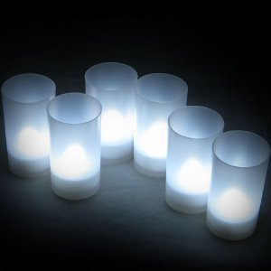 Daffodils Everlasting - Daffodil LEC006W - 6 White LED Tealights - Flameless Candles with Holders